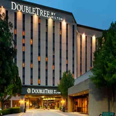 Hotel Double Tree by Hilton Escorts Call Girl